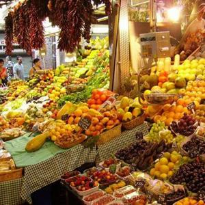 Рынки Троицко-Печерска